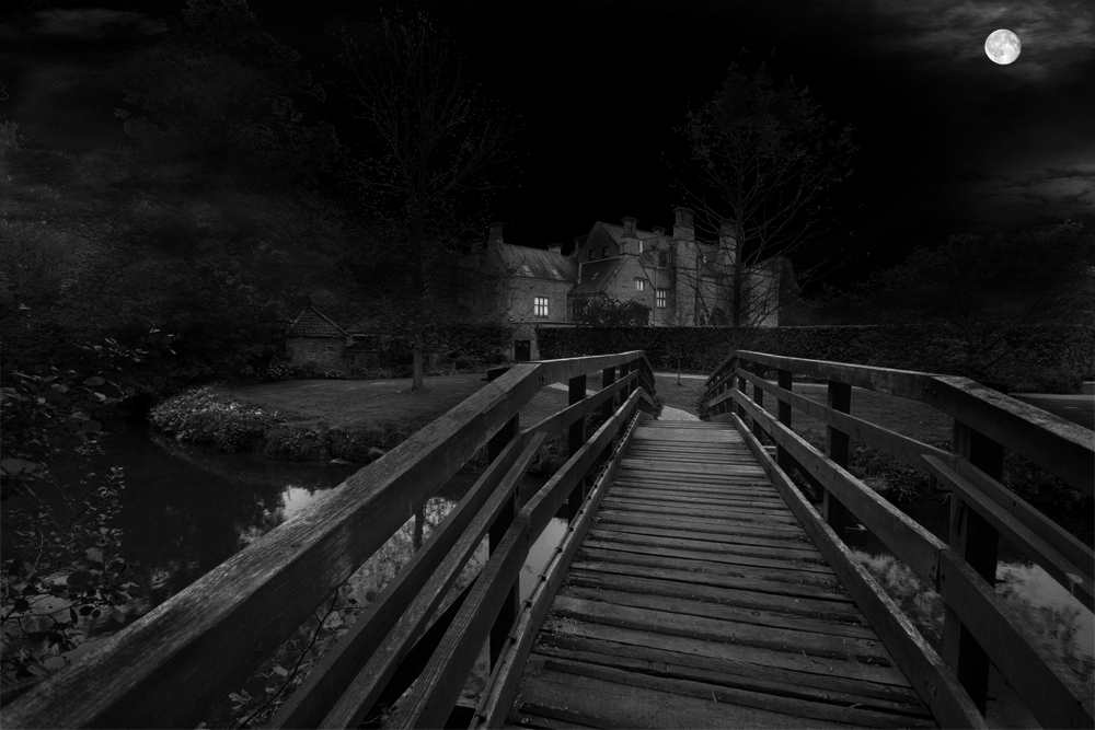 photoblog image nunnington at night