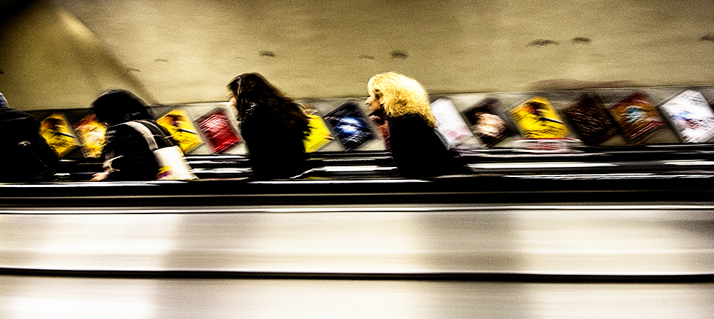 photoblog image escalator